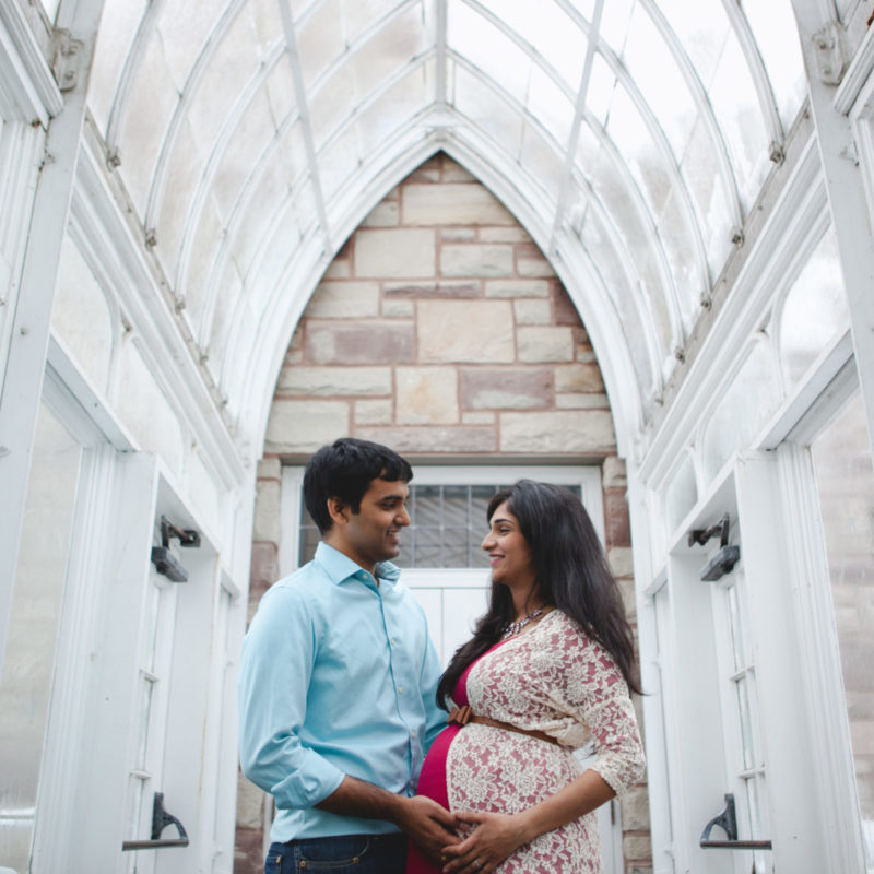 Greenhouse maternity photos. Serres de Westmount Conservatory Montreal