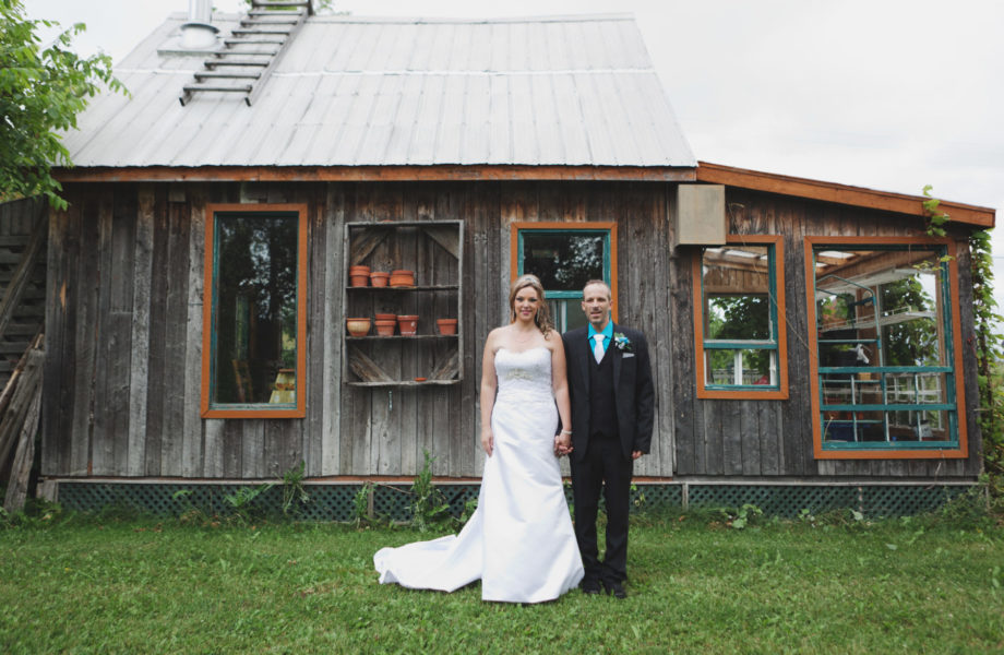Vineyard wedding photos. Mariage chapelle Saint-Cyriac Lac-Kénogami