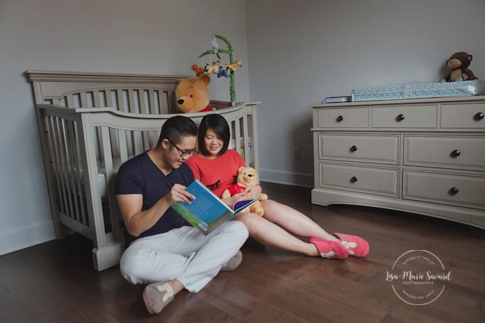 Lifestyle maternity pregnancy session at home baby's room Montreal. Séance maternité grossesse lifestyle à domicile à Montréal |Lisa-Marie Savard Photographie |Montréal, Québec |www.lisamariesavard.com
