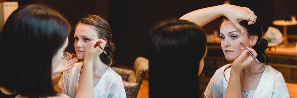 Rustic wedding rainy day fall wedding bride's preparation getting ready with mother sisters bridesmaids make up hairdo. Julie et Denis mariage champêtre rustique à l'Abbaye d'Oka Montréal Laurentides |Lisa-Marie Savard Photographie |Montréal, Québec