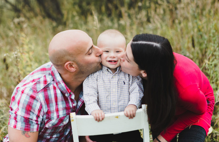 Fall family photos. Photos de famille au Saguenay automne. Montreal fall family photos
