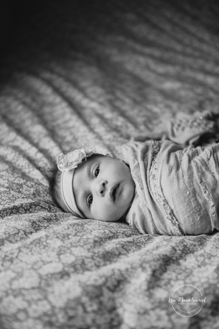 In-home lifestyle newborn session. Newborn session at home. In-home family session. Family session at home. Newborn session ideas. Newborn photos ideas. Séance nouveau-né lifestyle à Villeray. Photographe nouveau-né Montréal. Montreal newborn photographer. Lifestyle newborn session in Villeray | Lisa-Marie Savard Photographie | Montréal, Québec | www.lisamariesavard.com
