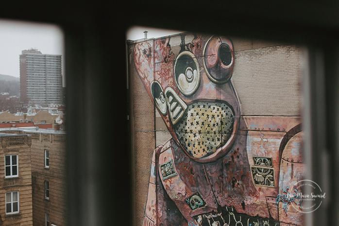 Lifestyle boudoir session. In-home boudoir session. Feminine boudoir photos. Tasteful boudoir photos. Clean boudoir photos. Minimalist boudoir photos. Séance boudoir à Montréal. Photographe boudoir à Montréal. Photos de boudoir à Montréal. Photos de boudoir féminines de bon goût. Montreal boudoir photographer. Montreal boudoir session. Montreal boudoir photos. Breather 4398 Boulevard St-Laurent. | Lisa-Marie Savard Photographie |Montréal, Québec | www.lisamariesavard.com