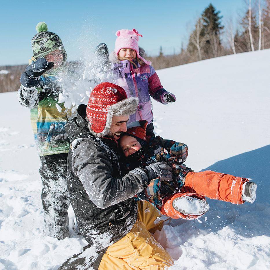 Photographe de famille à Montréal. Séance photo familiale à Montréal. Photo de famille à Montréal. Montreal family photographer. Montreal family session. Family photos in Montreal