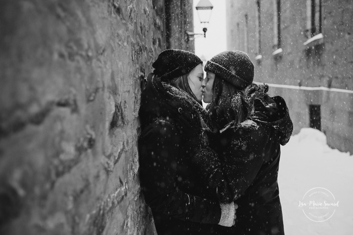 Same sex engagement photos. Same sex session. Lesbian couple session. LGBT couple photos. LGBT couple session. Winter couple session. Winter same sex session. Séance de couple dans le Vieux-Montréal en hiver. Photographe de couple à Montréal. Photographe de fiançailles engagement à Montréal. Séance photo LGBT à Montréal. Montreal same sex photographer.Montreal LGBT friendly photographer.Montreal engagement photographer | Lisa-Marie Savard Photographie | Montréal, Québec | www.lisamariesavard.com