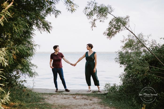 LGBTQ engagement photos. Lesbian engagement session. Photos d'engagement à Montréal. Photographe LGBTQ à Montréal. Montreal engagement photographer. Montreal LGBTQ friendly photographer