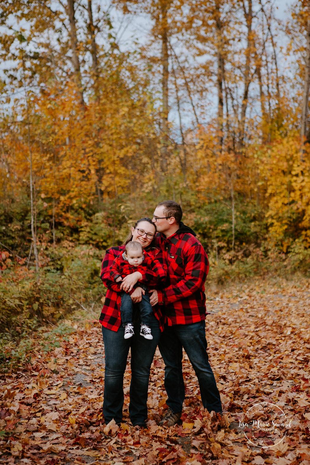 Séance familiale à Montréal. Photos de famille à Montréal. Photographe de famille à Montréal. Montreal family photographer. Montreal family photos.