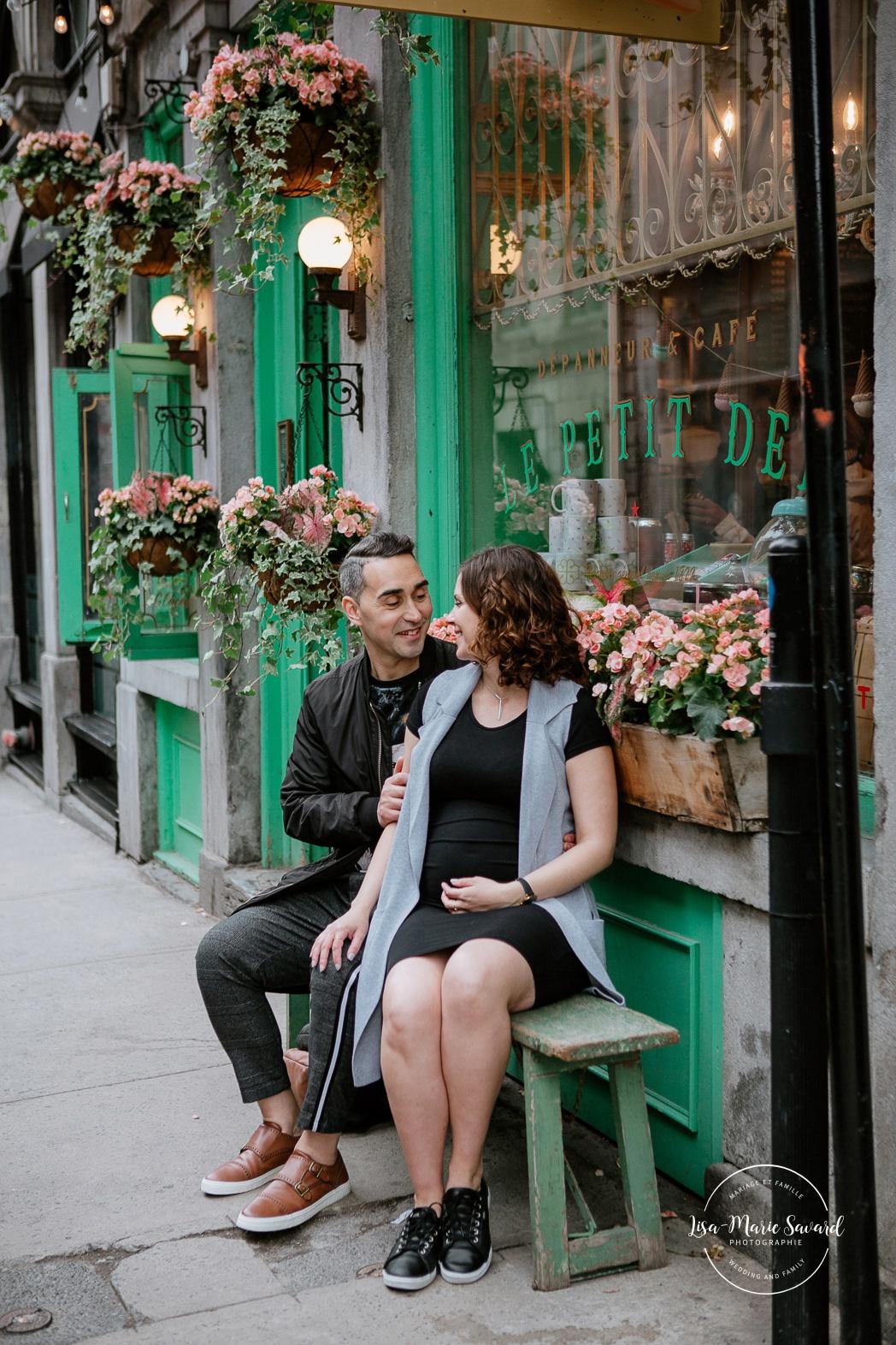 Séance maternité à Montréal. Photos de grossesse à Montréal. Photographe de maternité à Montréal. Montreal maternity photographer. Montreal pregnancy photos.