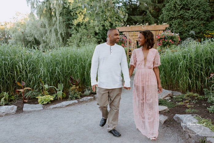 African American engagement photos. African American couple. Black engagement session. 10 year wedding anniversary photos. Séance photo de famille à Montréal. Photographe de famille à Montréal. Montreal family photographer.