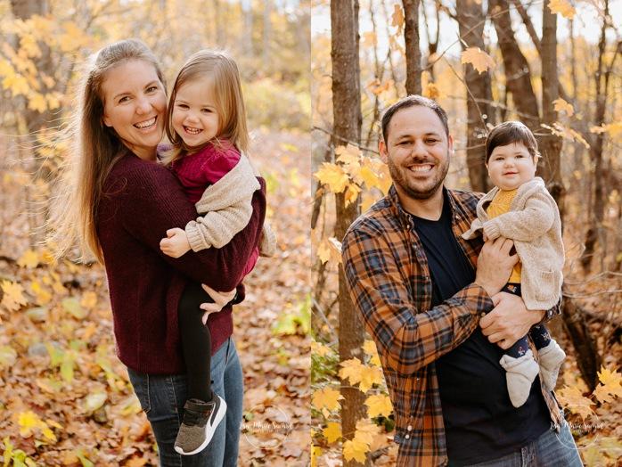 Fall family photos. Autumn family session. Family photos with toddlers. Family session with girls. Minis séances d'automne au Saguenay. Photos de famille à Jonquière. Saguenay family photographer.